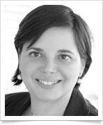 Dr Kinga Zempléni